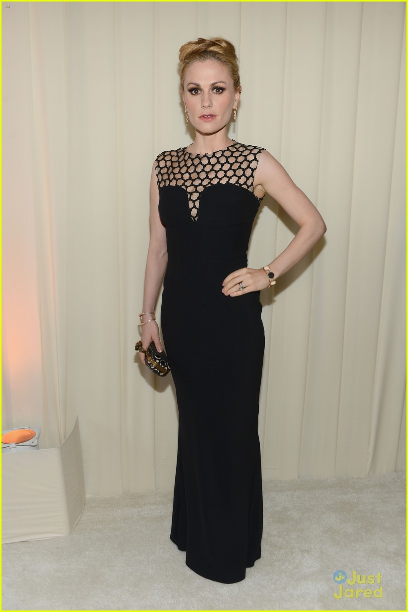 anna paquin stephen moyer elton john oscars party 2013 032819311