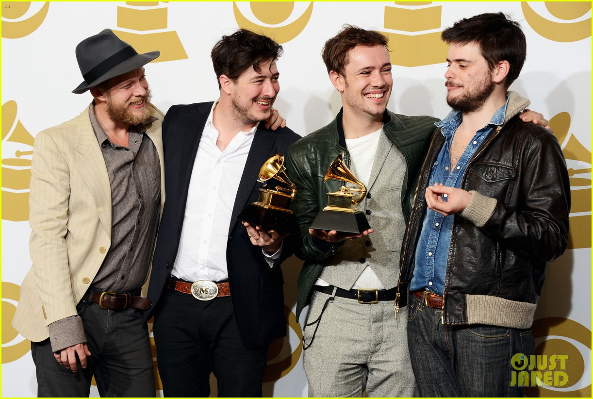 carey mulligan grammys 2013 with marcus mumford 062809716
