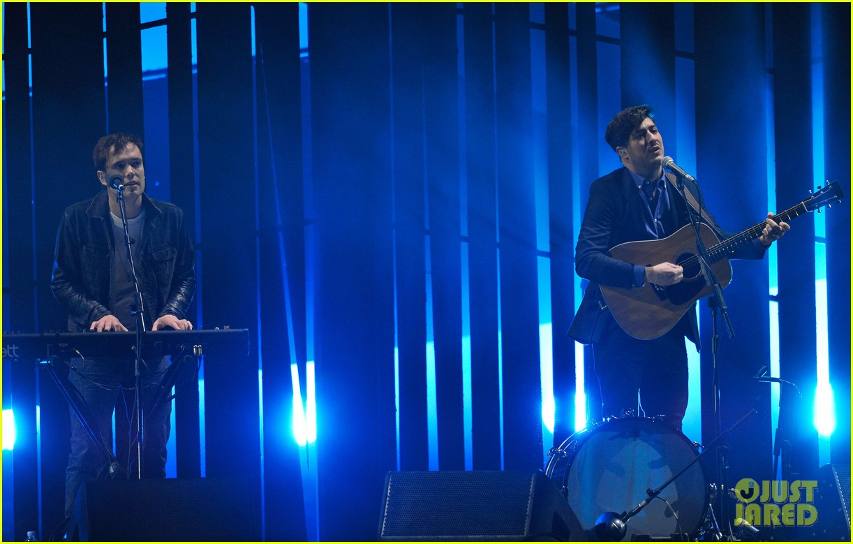 mumford and sons brit awards 2013 performance video 122815980