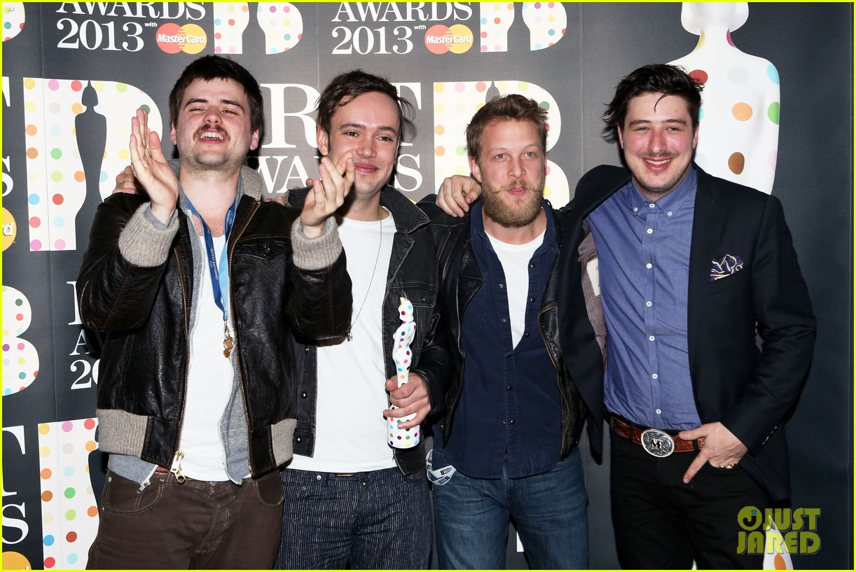 mumford and sons brit awards 2013 performance video 152815983