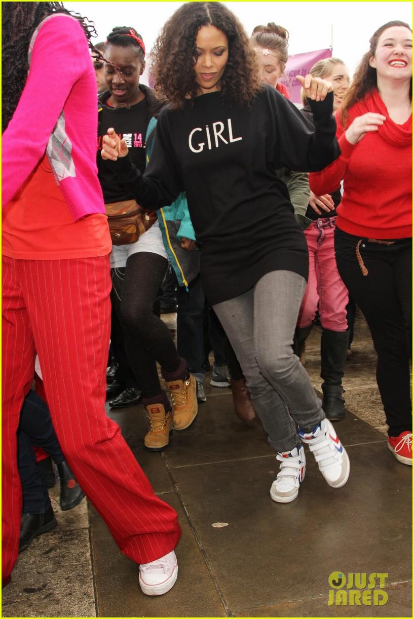 thandie newton one billion rising flashmob in london 032812304