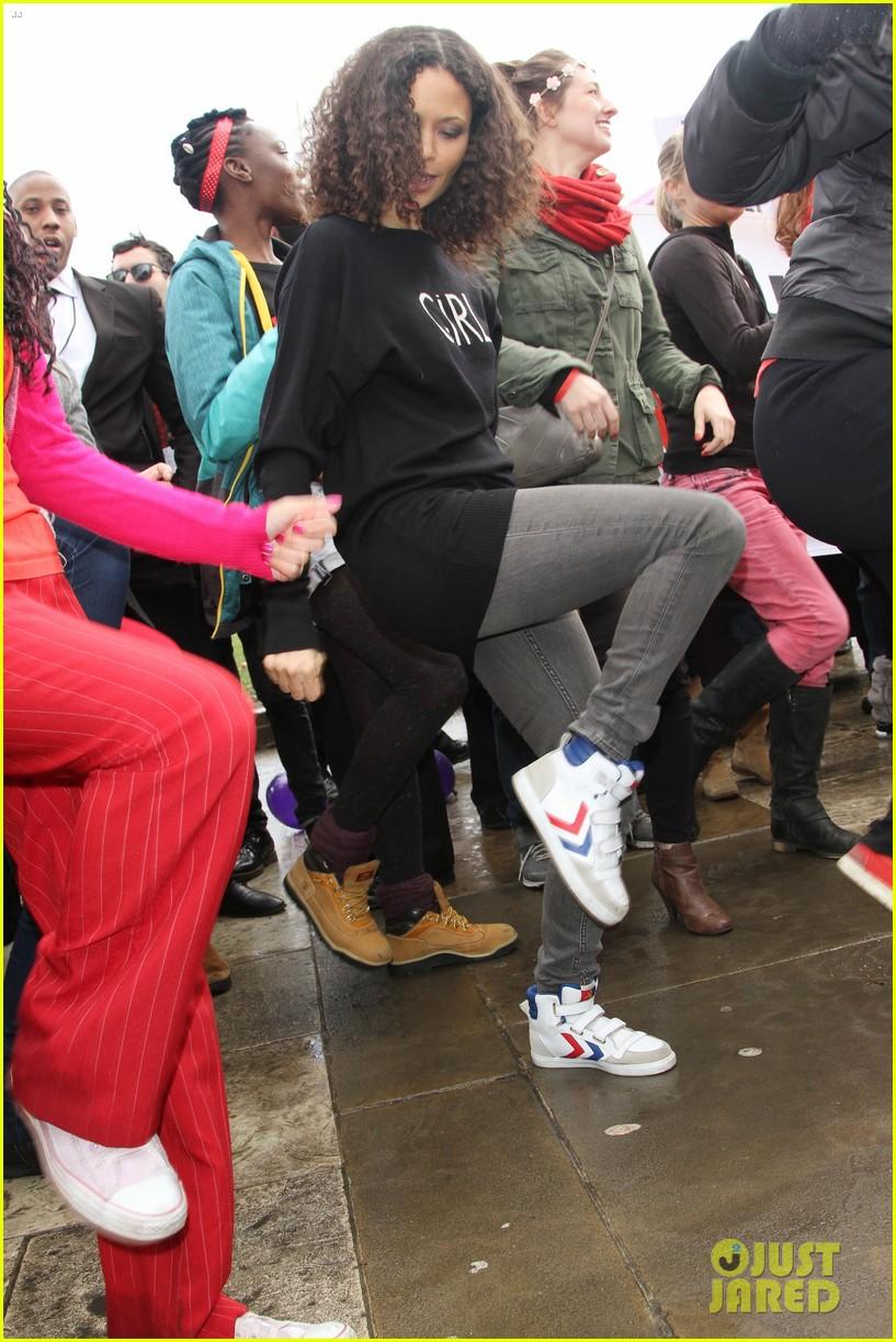 thandie newton one billion rising flashmob in london 052812306