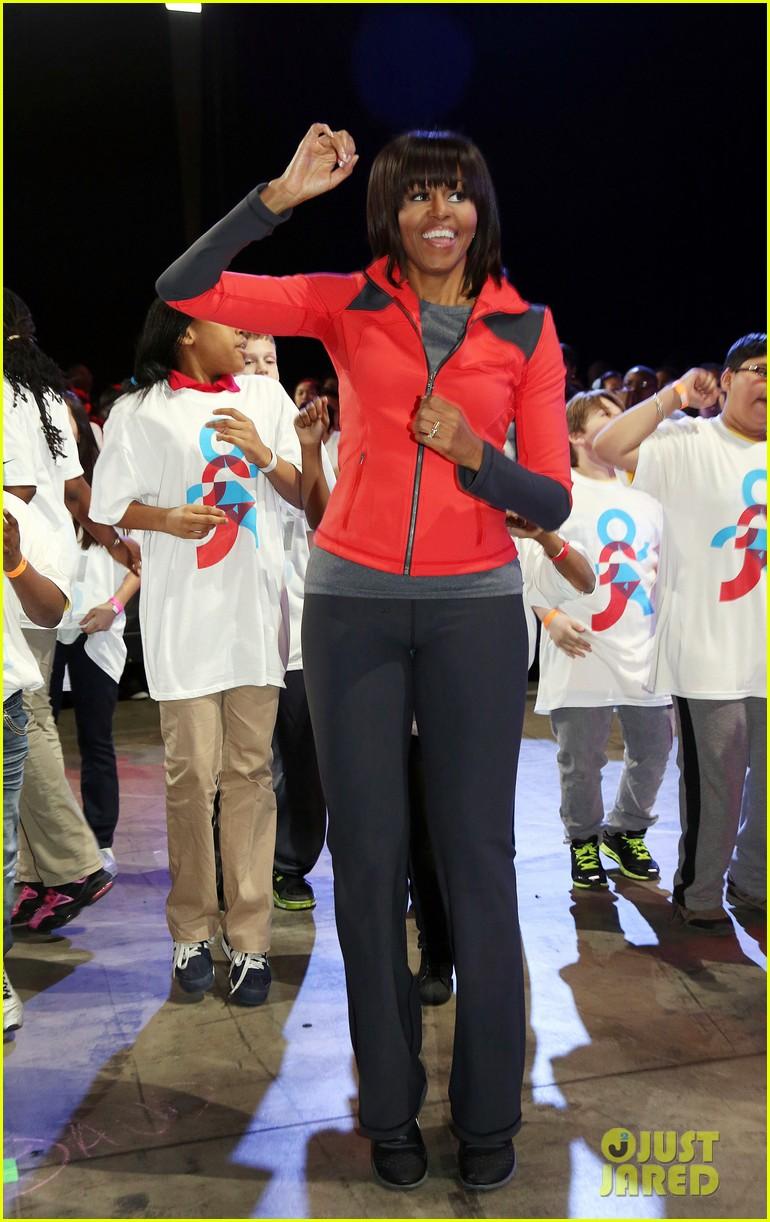 michelle obama school exercise program with jordin sparks 012822584