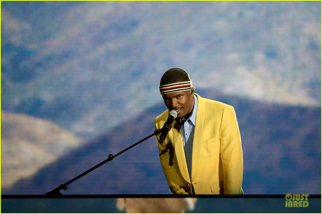frank ocean grammys 2013 performance watch now 02