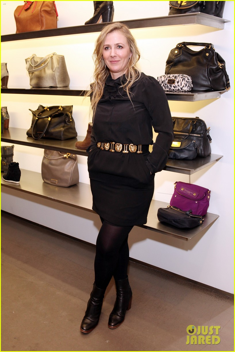 elizabeth olsen cher coulter capsule collection event 052807052