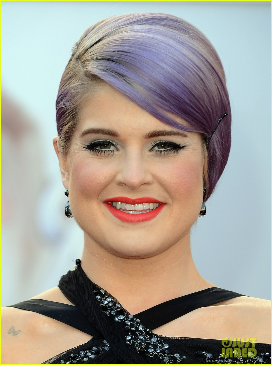 kelly osbourne guiliana rancic oscars 2013 red carpet 062818889