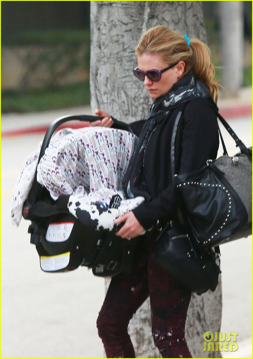 anna paquin stephen moyer baby check up 042807324