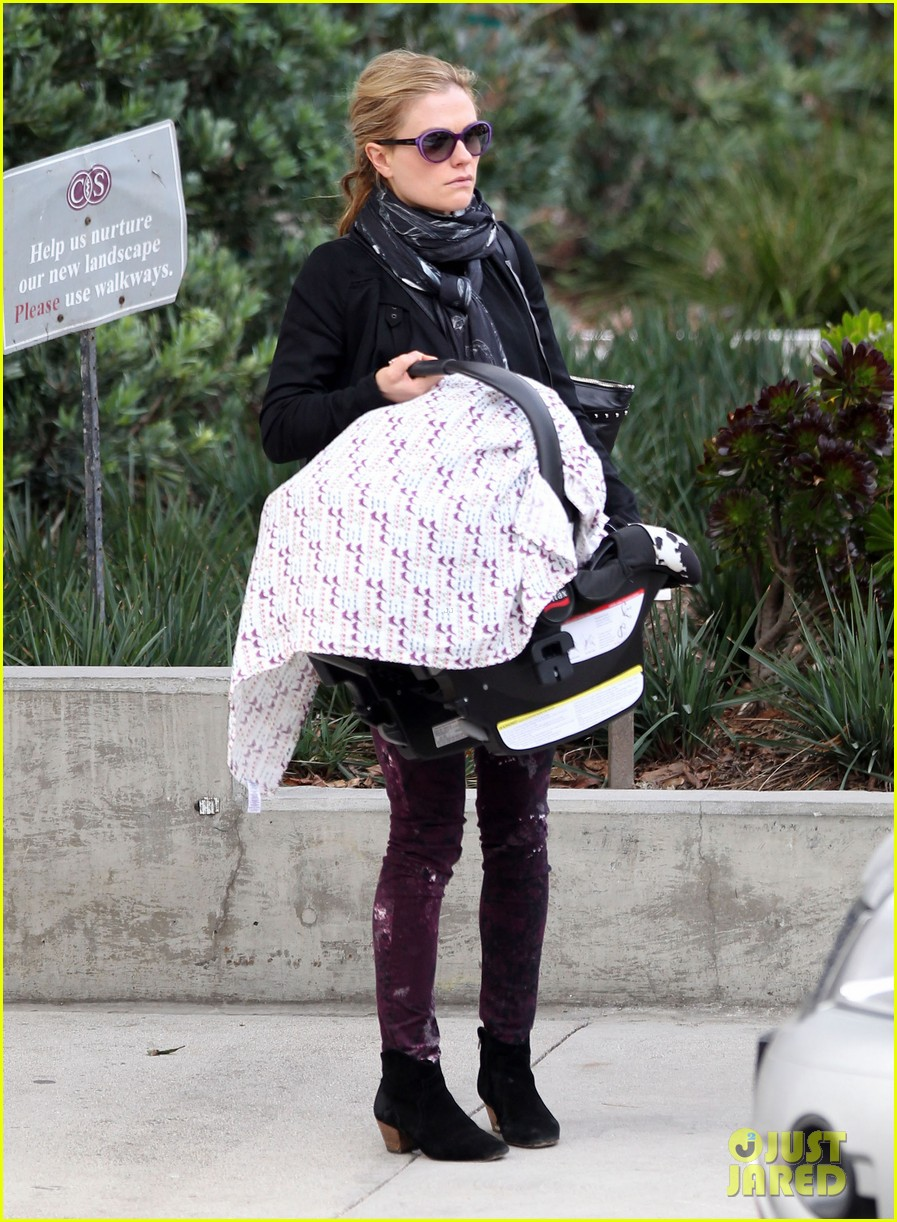 anna paquin stephen moyer baby check up 112807331