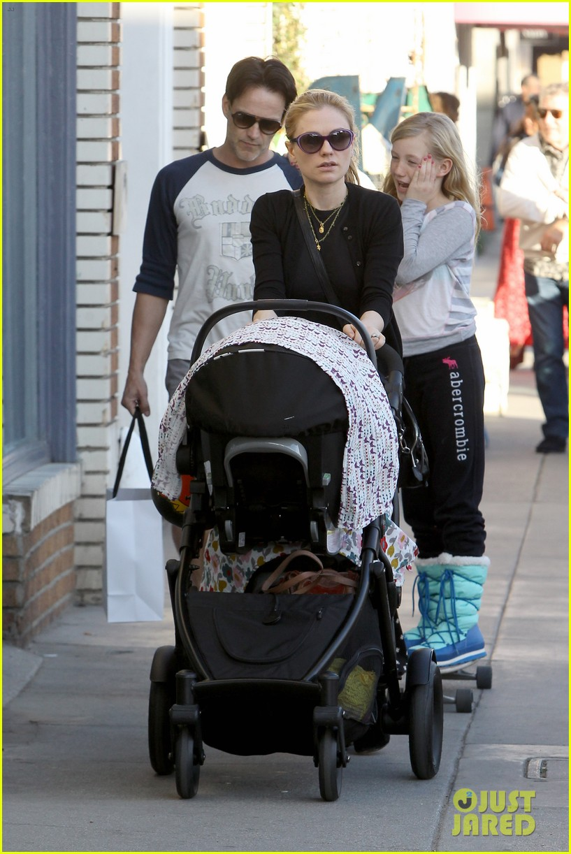 anna paquin shopping with one of her twins 162806004
