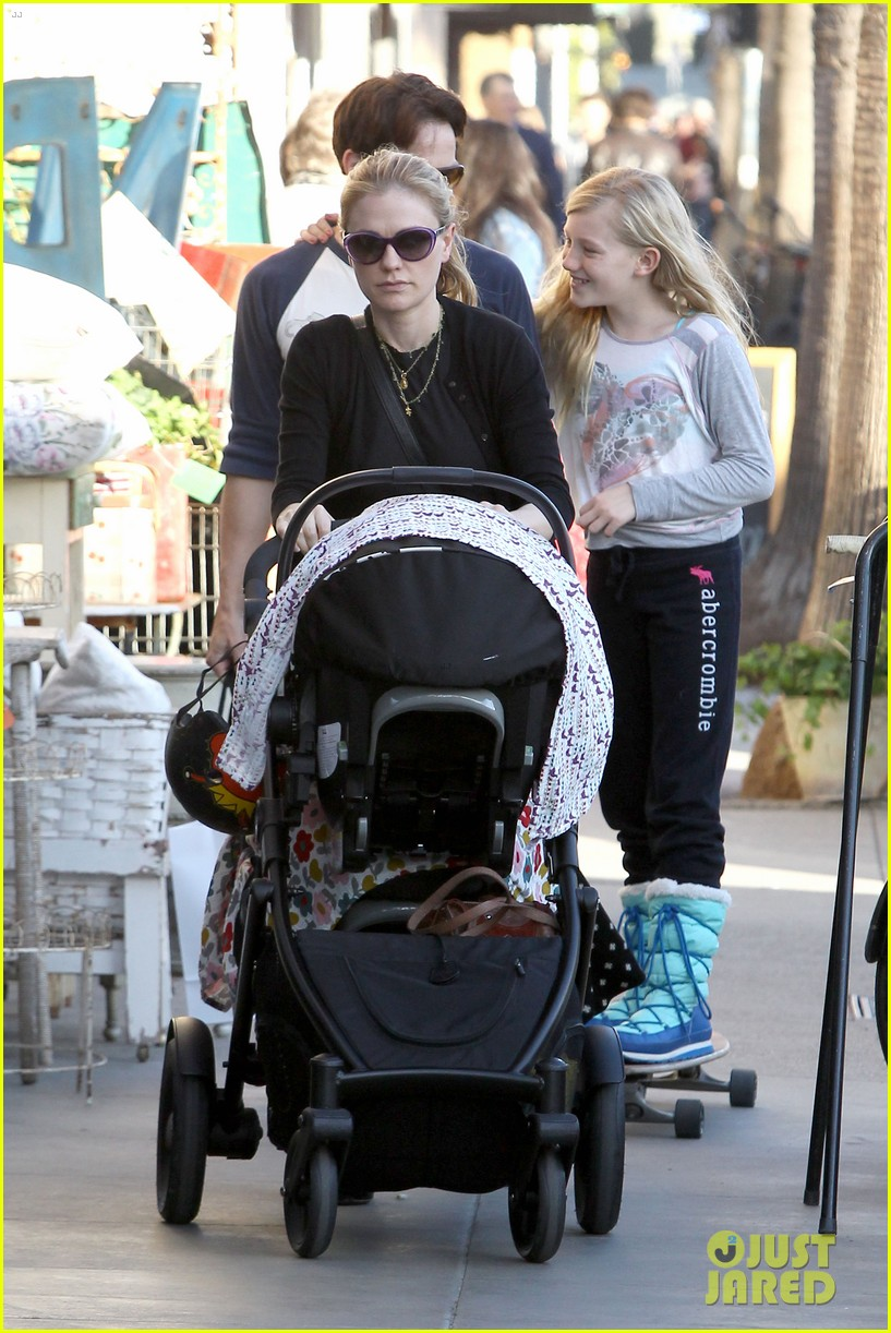 anna paquin shopping with one of her twins 192806007