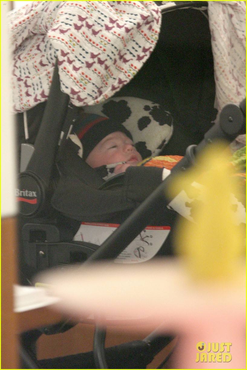 anna paquin shopping with one of her twins 242806012