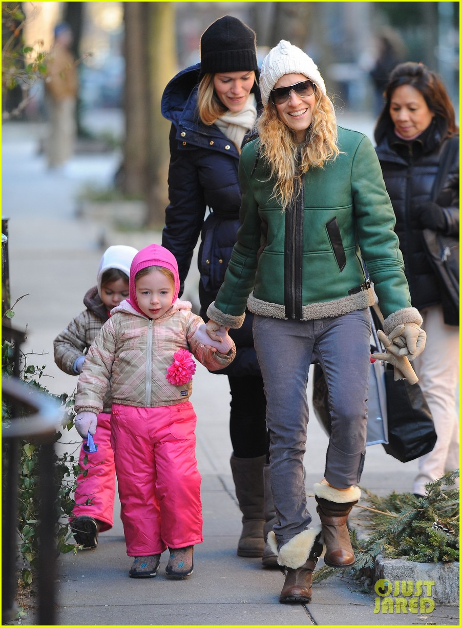sarah jessica parker bundled up in the big apple 172805129