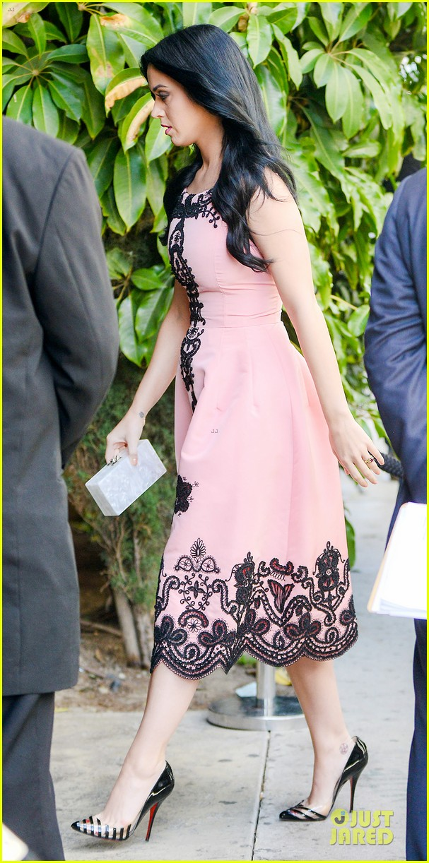 katy perry hollywood pre grammy party 012808189