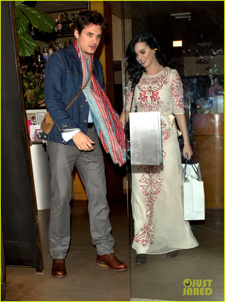 katy perry john mayer valentines day at the cut 012812694