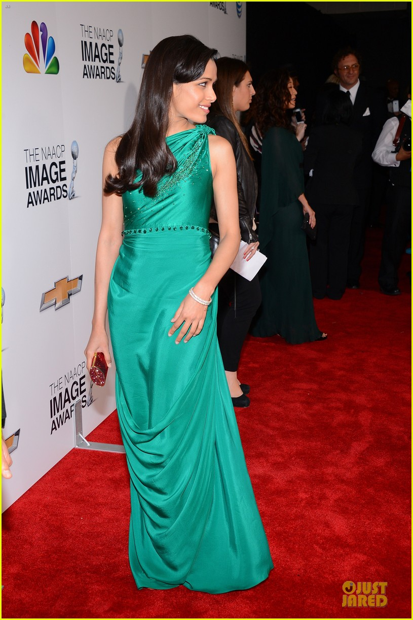 freida pinto dev patel naacp image awards red carpet 2013 052802720
