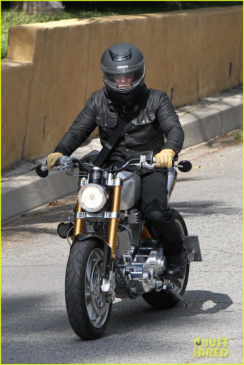 brad pitt rides his motorcycle shiloh zahara get froyo 022816568