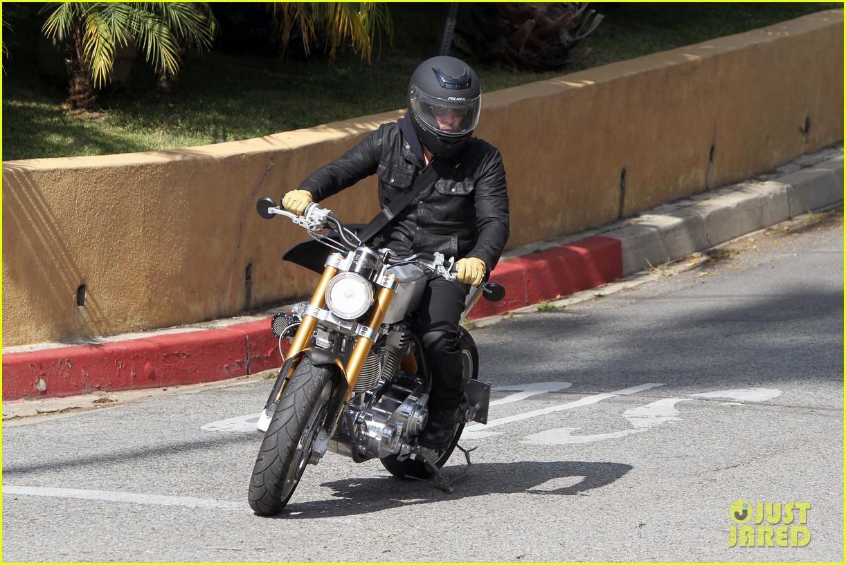 brad pitt rides his motorcycle shiloh zahara get froyo 152816581