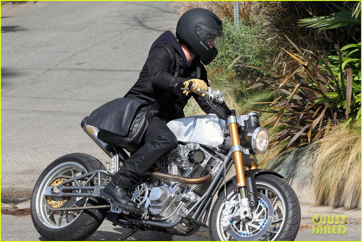 brad pitt rides his motorcycle shiloh zahara get froyo 252816591
