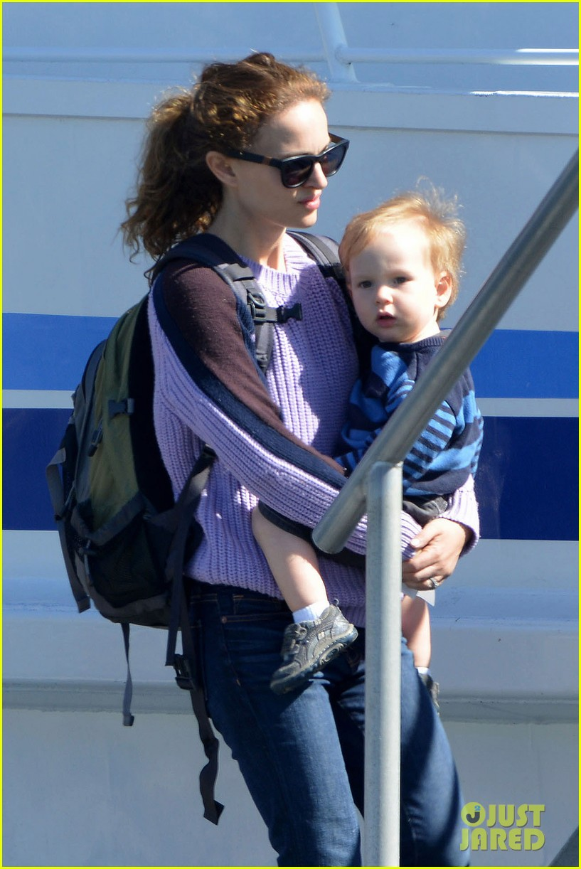 natalie portman benjamin millepied whale watching with aleph 022814298