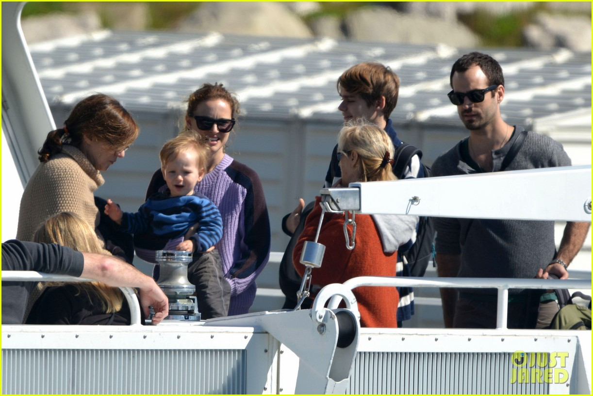 natalie portman benjamin millepied whale watching with aleph 11