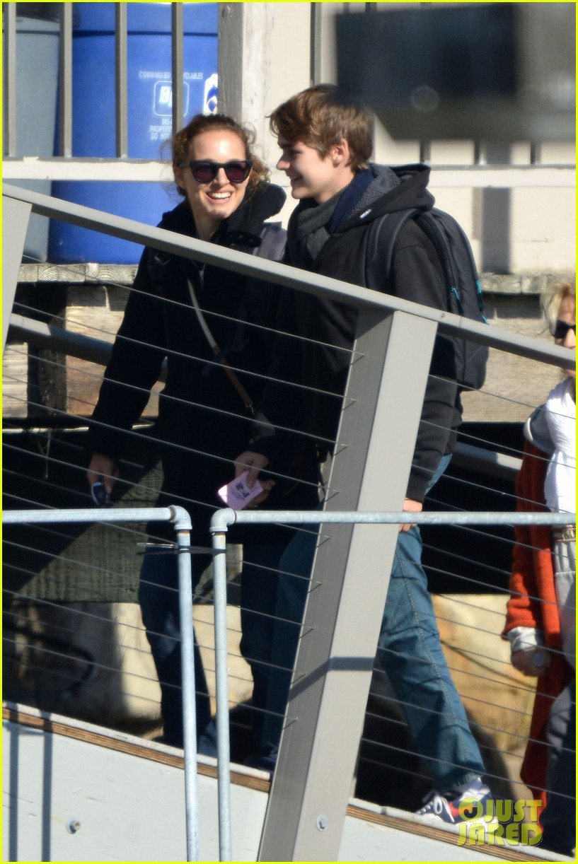 natalie portman benjamin millepied whale watching with aleph 152814311