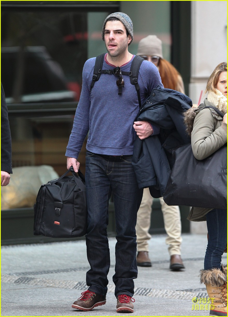 zachary quinto american horror story return is doubtful 032815263