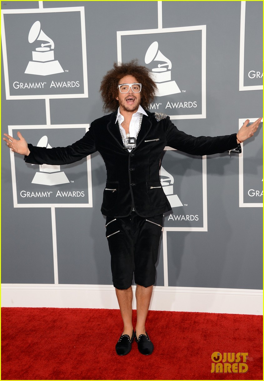 redfoo sean paul grammys 2013 red carpet 01