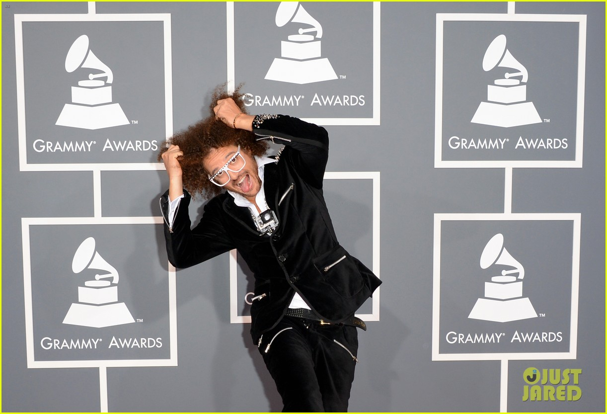 redfoo sean paul grammys 2013 red carpet 03
