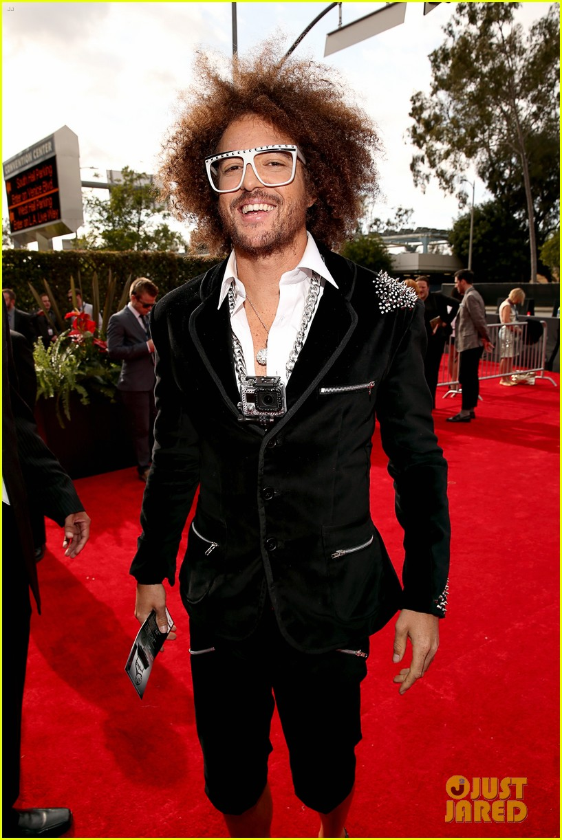 redfoo sean paul grammys 2013 red carpet 062809108