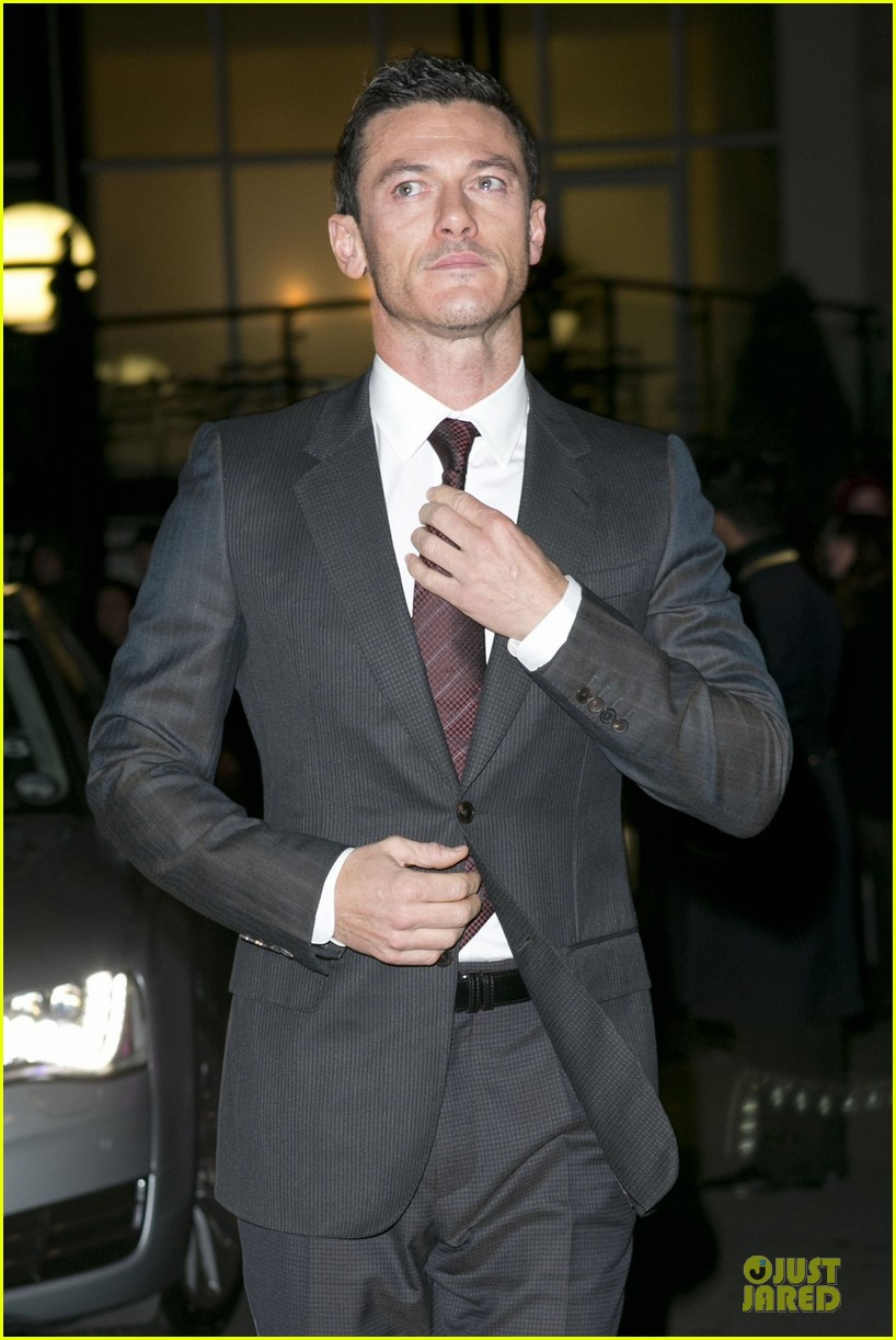 eddie redmayne luke evans british film awards 2013 072804898
