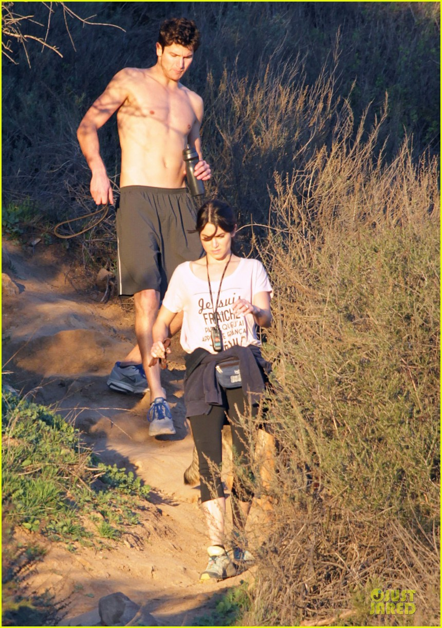 nikki reed super bowl hiking with shirtless brother nathan 012804931