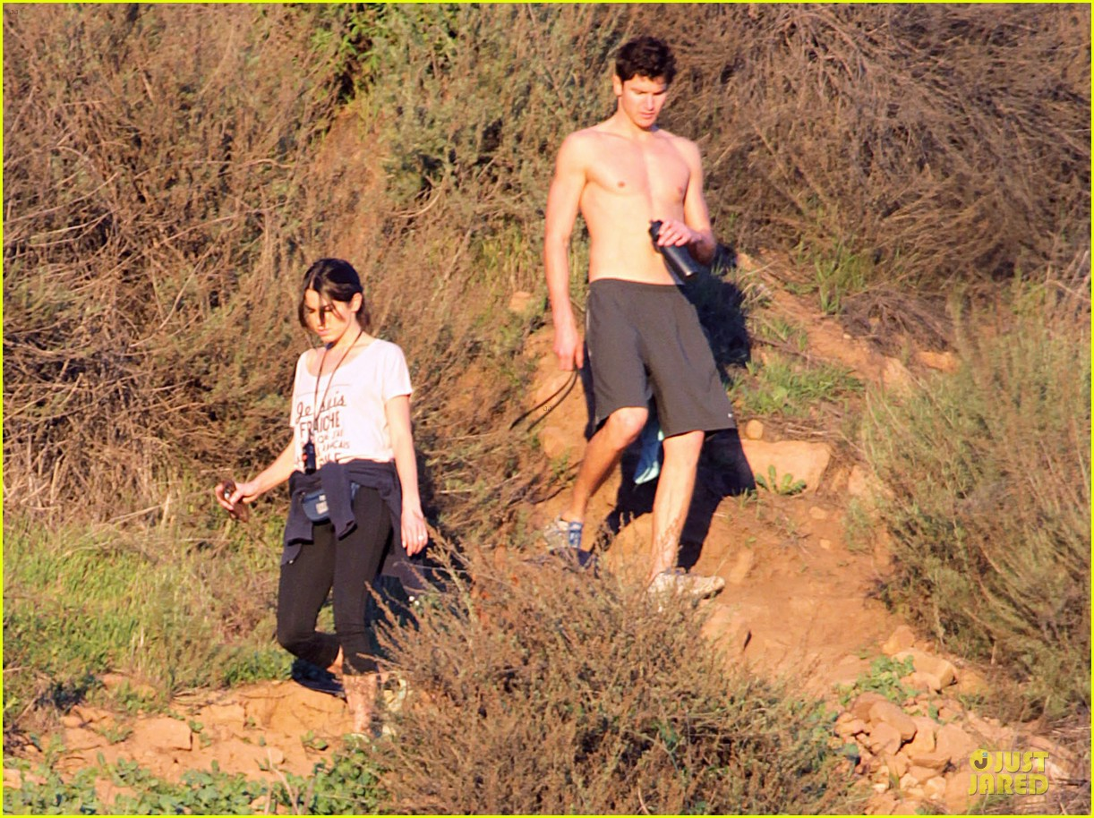nikki reed super bowl hiking with shirtless brother nathan 06