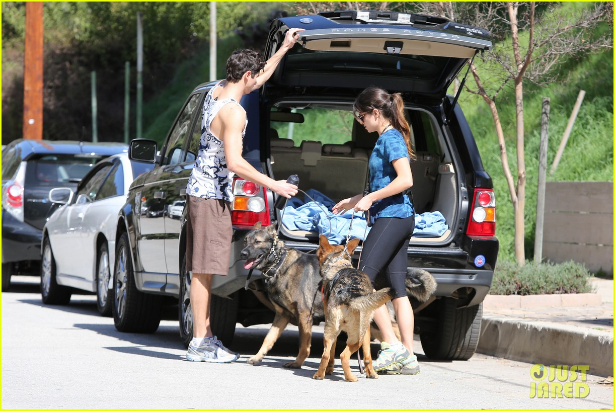 nikki reed dog run with brother nathan 052813907