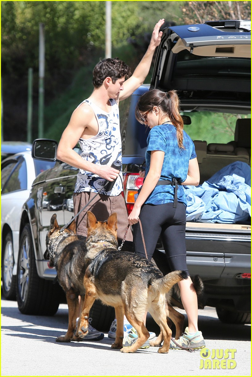 nikki reed dog run with brother nathan 092813911