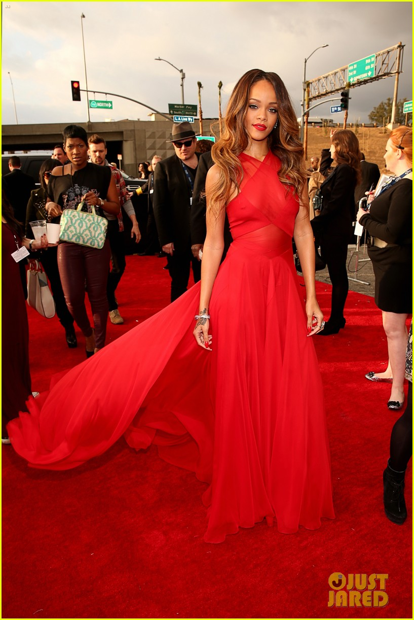rihanna grammys 2013 red carpet 142809320