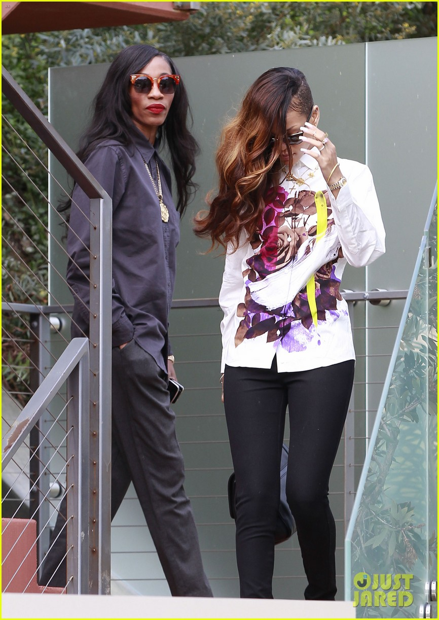 rihanna chris brown court appearance together 072805894