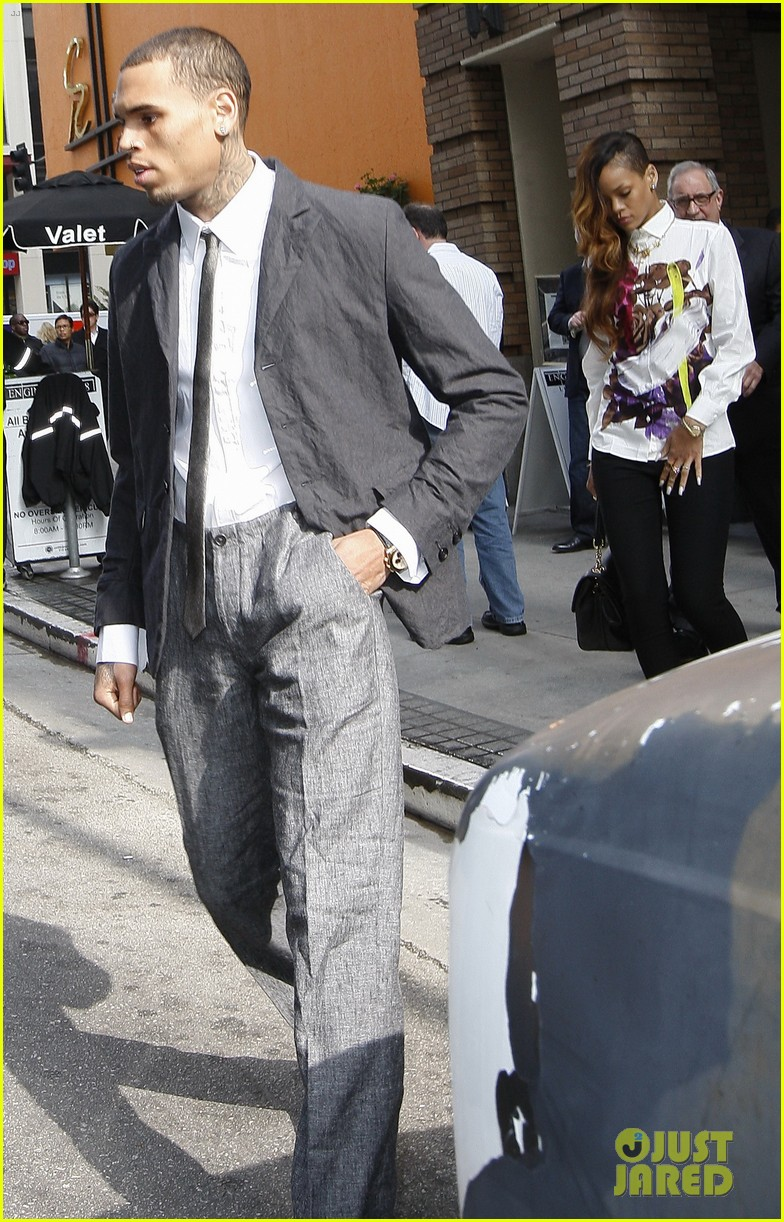 rihanna chris brown court appearance together 202805907