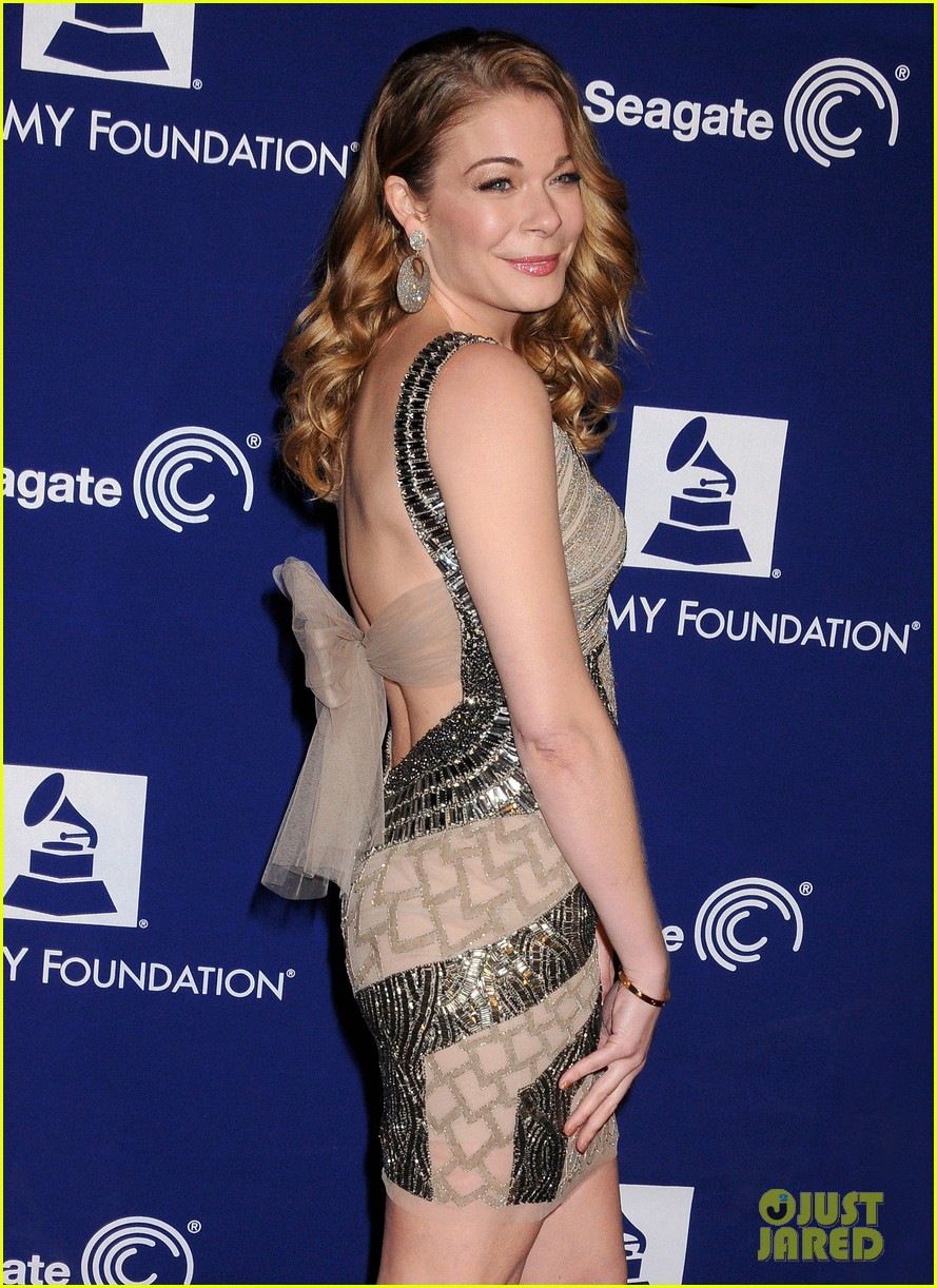 leann rimes grammy foundation play it forward event 02