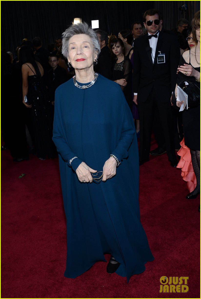 emmanuelle riva oscars 2013 red carpet 032819211