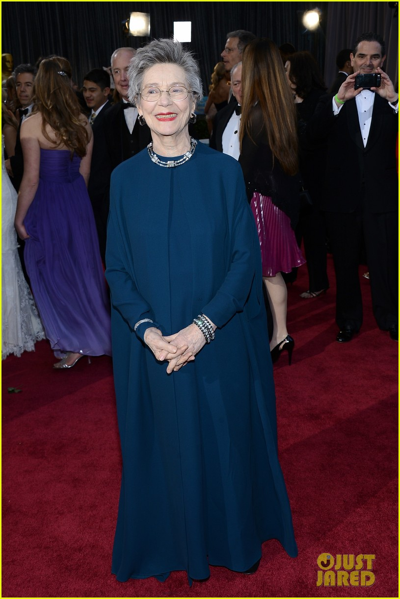 emmanuelle riva oscars 2013 red carpet 052819213