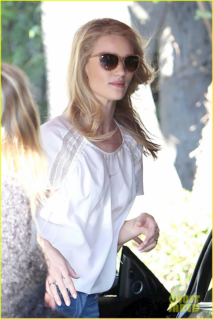rosie huntington whiteley topless in cher coulter jeans 042812472