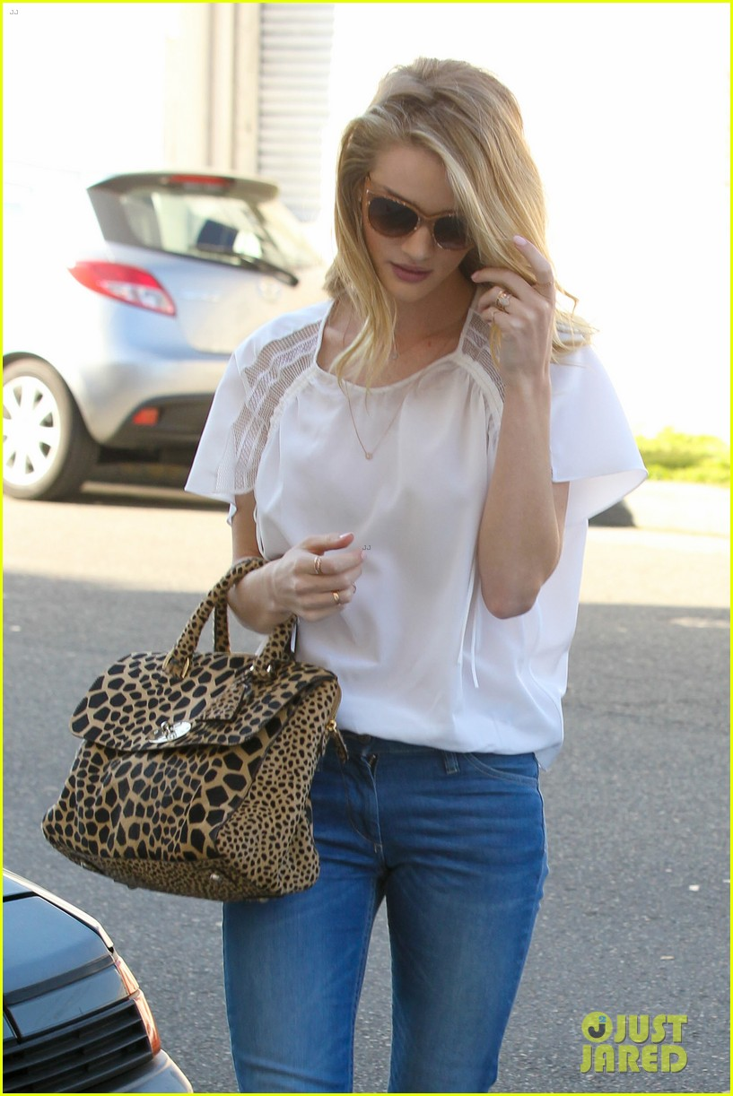 rosie huntington whiteley topless in cher coulter jeans 072812475