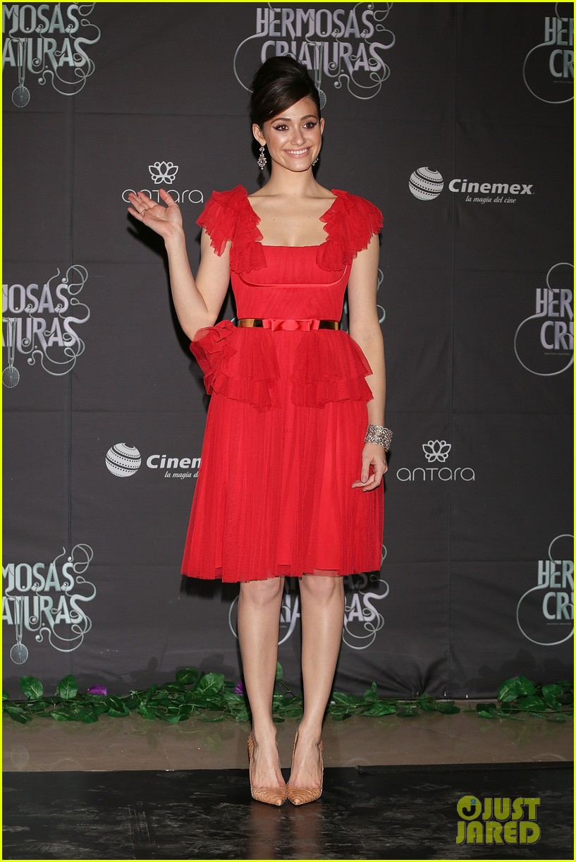 emmy rossum beautiful creatures mexico city premiere photo call 012814819