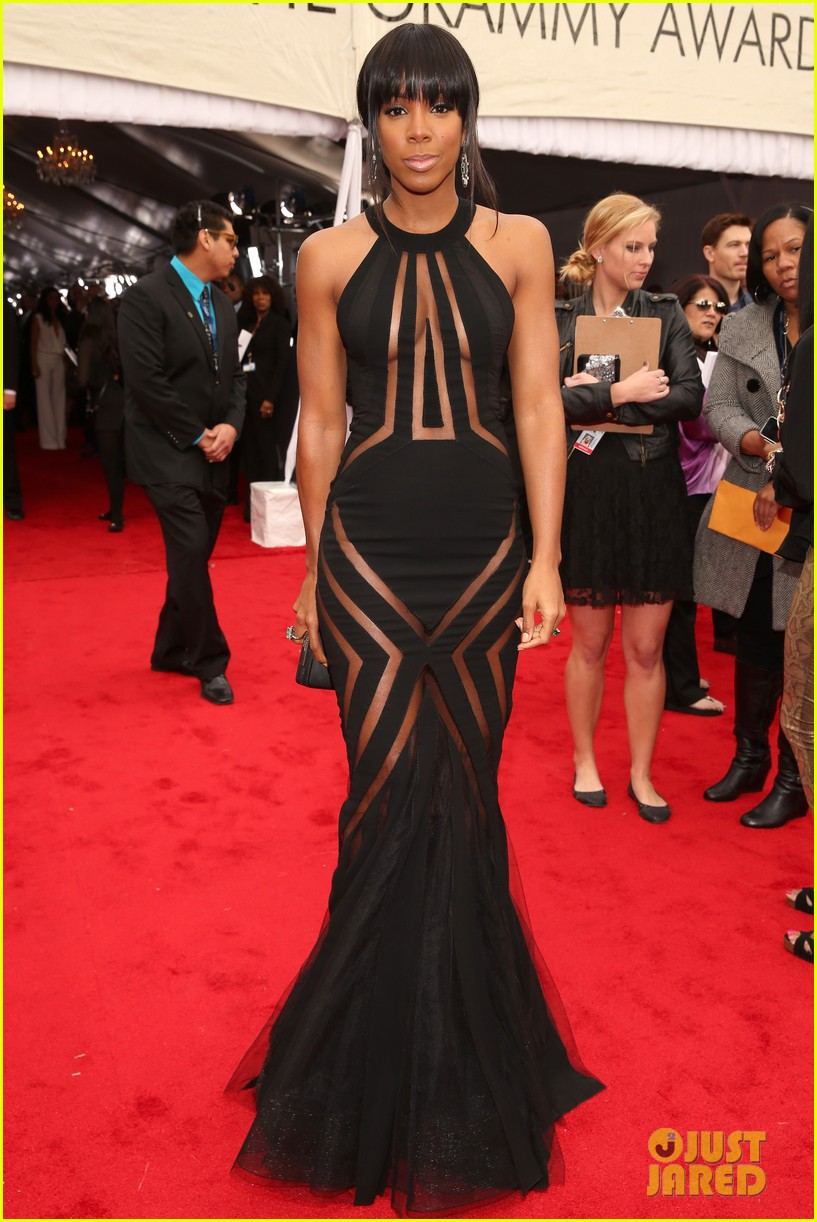 kelly rowland grammy awards 2013 red carpet 012809348