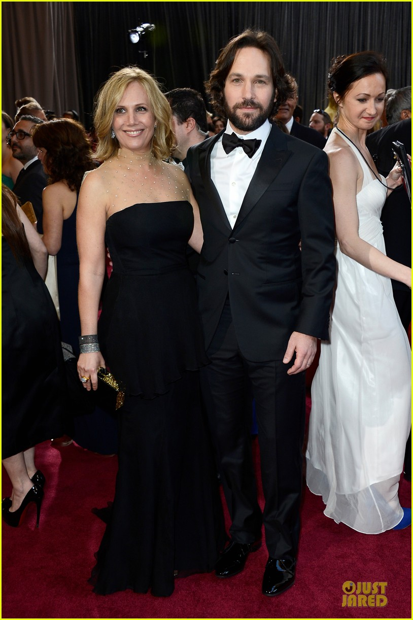 paul rudd oscars 2013 red carpet 012819268