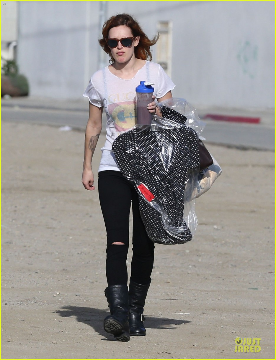 rumer willis super bowl birthday celebration with tallulah 03