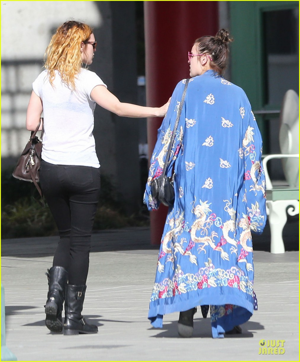 rumer willis super bowl birthday celebration with tallulah 07