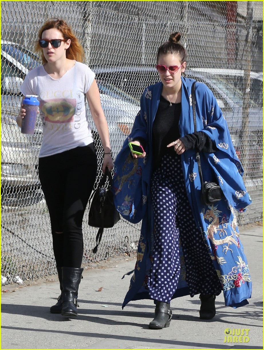 rumer willis super bowl birthday celebration with tallulah 092805026