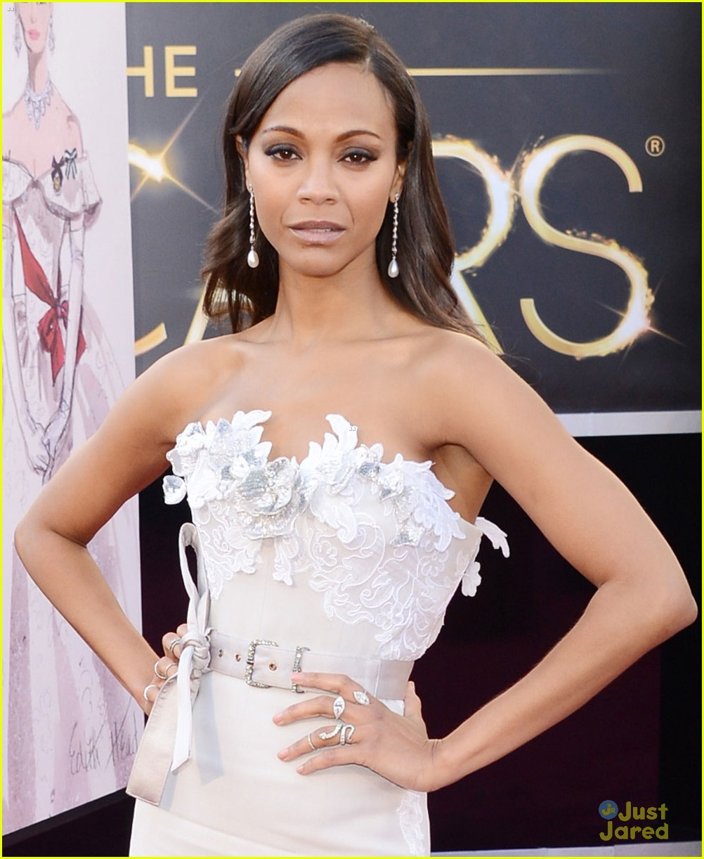 zoe saldana oscars 2013 red carpet 072819013