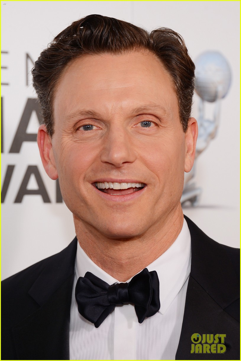 tony goldwyn scandal wins naacp best drama series 06